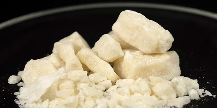 Cocaine addiction information, risks, signs, detox and rehab